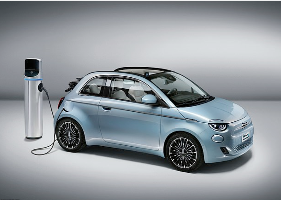 Fiat's new electric 500 has a 199-mile range and price tag of £32,500